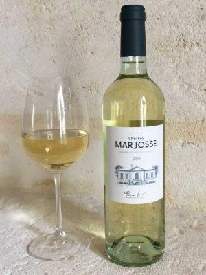 Château Marjosse avec verre à vin