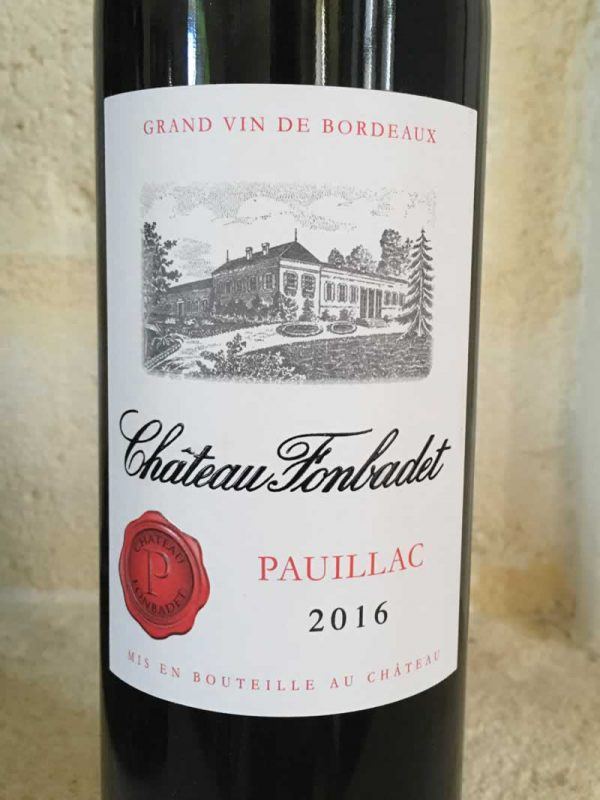Close up of Château Fonbadet red wine label